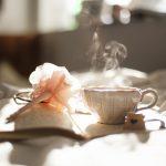 体ポカポカでぐっすり眠ろう 冷え性さんを快眠へ導く白湯の習慣